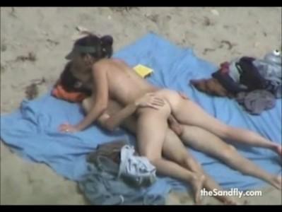 คลิปแอบถ่ายสาวเยอรมันแก้ผ้าอาบแดดชาดหาดฟีนิกส์ แหกหีร่องเนียนหีไร้ขนหมอย VIDEO Porn หุ่นดีจริงๆอยากลูบหี หีนิสิต