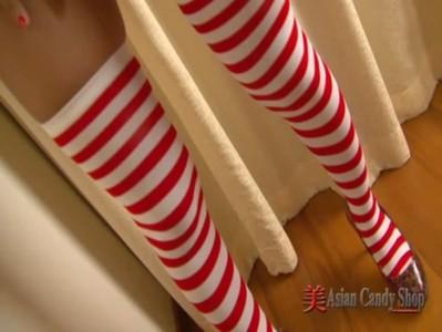 น้องบันนี่ดาราโป๊ไทยซานต้าแจกของขวัญหนุ่มๆ แก้ผ้าบีบนมสวยเลียหีโชว์ ร่องแตดน่าเย็ดจิ๋มสวยมากอยากเย็ดสักดอก