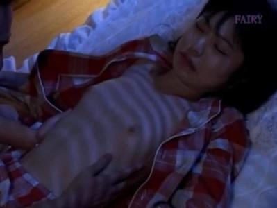 คลิปโป๊ตัวเล็กหญิงถูกขโมยขึ้นบ้านบุก Pornถึงเตียง นางเอก