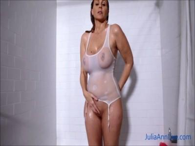 Showerแก้ผ้าใหน้องน้ำ ตั้งถ่ายลงxvideosเอง ใจสุดนมสวยใหญ่หีนูนร่องมาสวยจนอยากเอากระปู๋ไปเสียบหีเธอเหลือเกิน