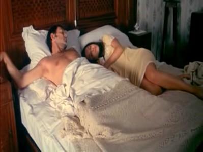 หนังR 18+นอนกับลูกสาวตัวเองตอนโตเอาดันหีมาถูกระปู๋ผมนี่ทนไม่ไหวน้องชายตื่น เลยแอบเย็ดหีตอนนอนไปฝันเปียกสดๆ หนังโป้