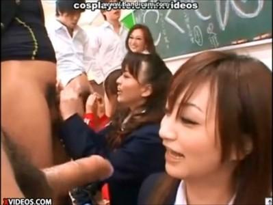 โอโหคลิปหลุดวิชาเสียว BLOWJOB SUBJECT ถ่กกระปู๋ให้นร.ผู้หญิงอมสดๆแตกคาปาก เพศศึกษาดีดีนี่เอง Yuma Asami หนังโป๊